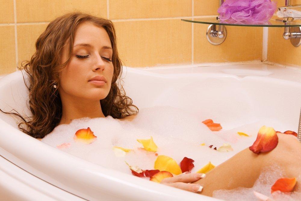 Принимаем антицеллюлитные ванны