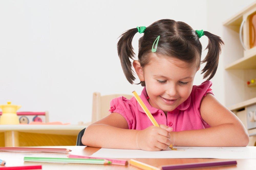 Как научить ребенка выражать свои чувства?