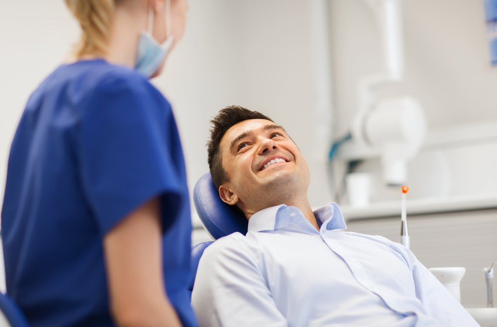 Реабилитация после имплантации зубов