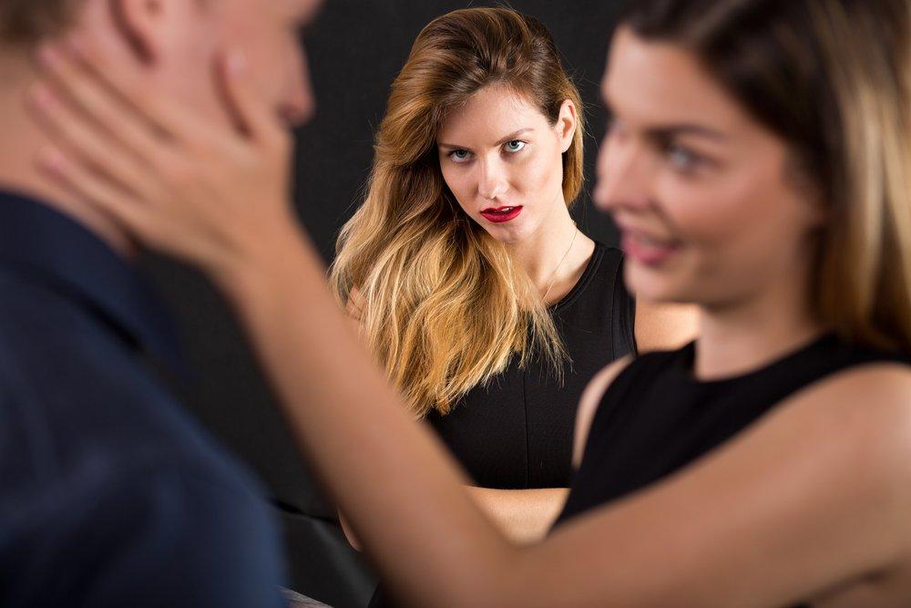 Сила привычки или особенная красота роли любовницы?