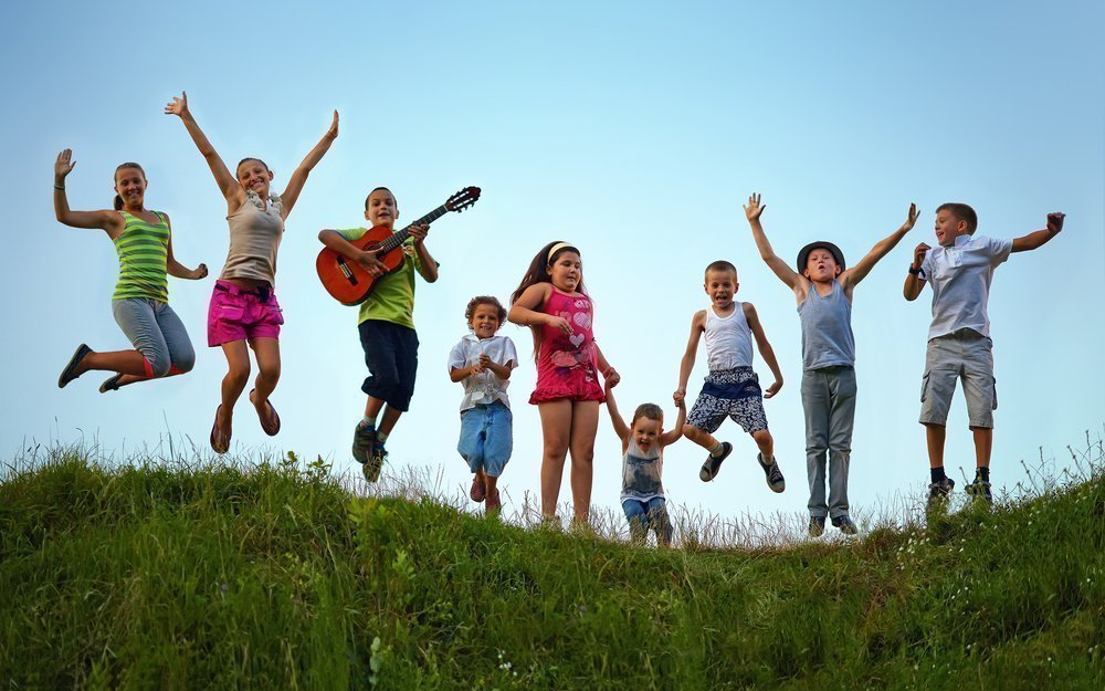 В каком возрасте дети могут отдыхать без родителей?