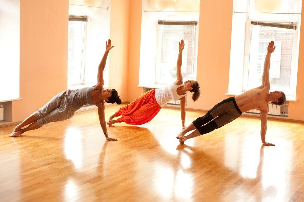 Позы йоги для стимуляции снижения веса