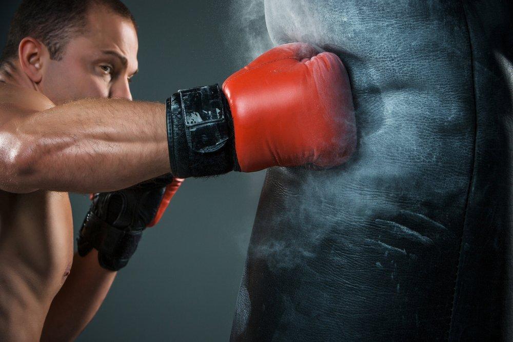 Фитнес-тренировки по отработке ударов