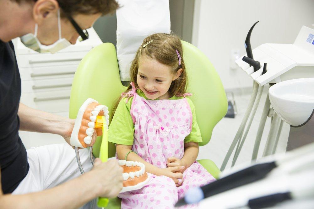 Соединения фтора в зубных пастах