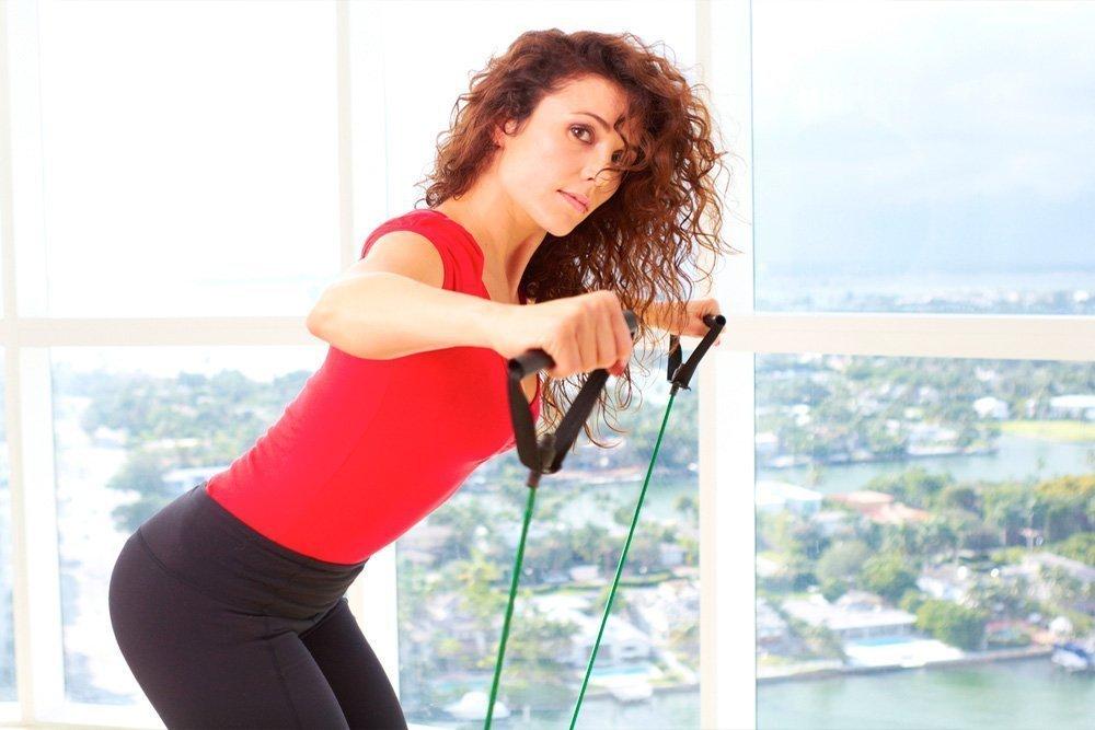 Фитнес-упражнения со жгутом для красивых и сильных ног