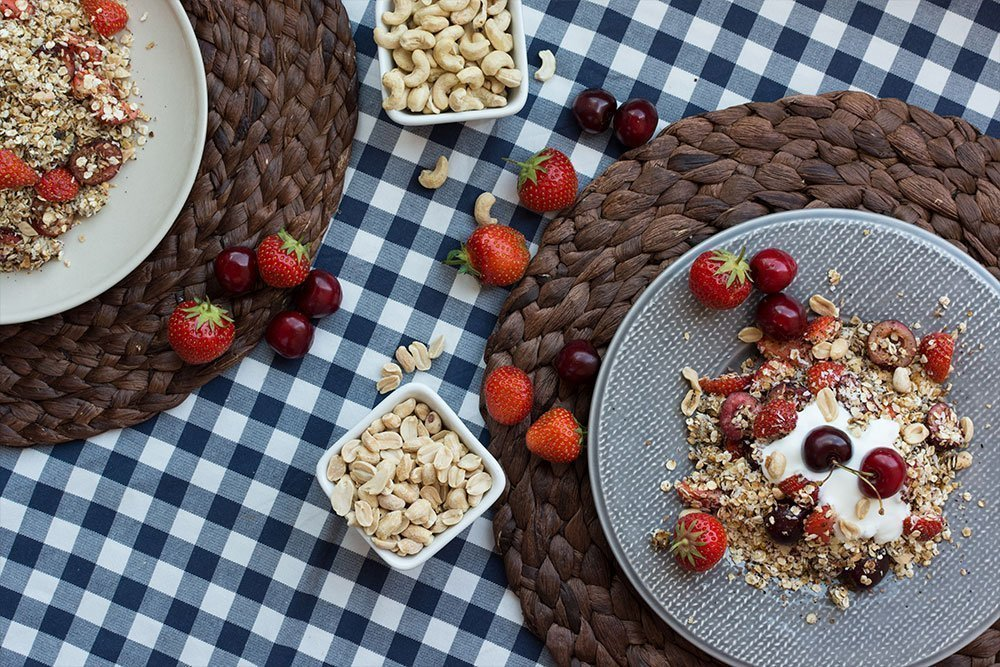 Здоровое питание с полезной ягодой