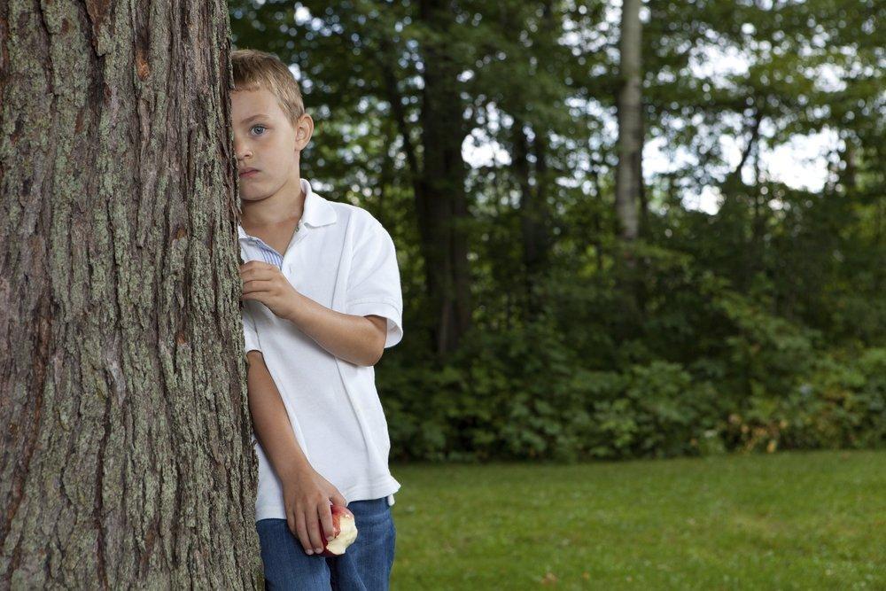 Возможные причины замкнутости у детей