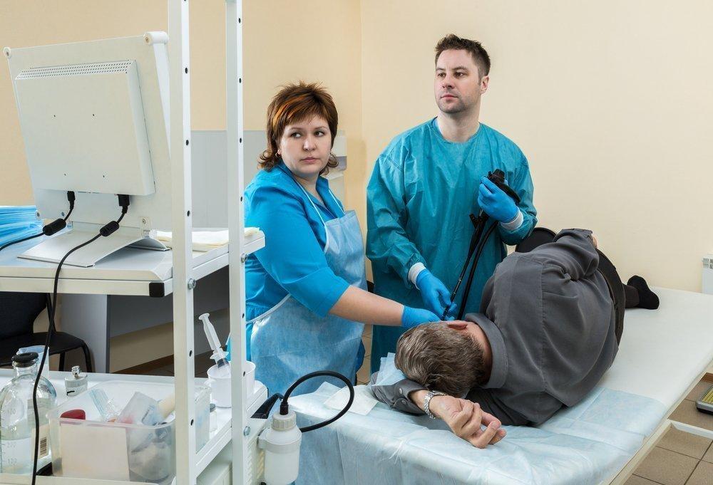 Лечение язвы: операция или лекарства?