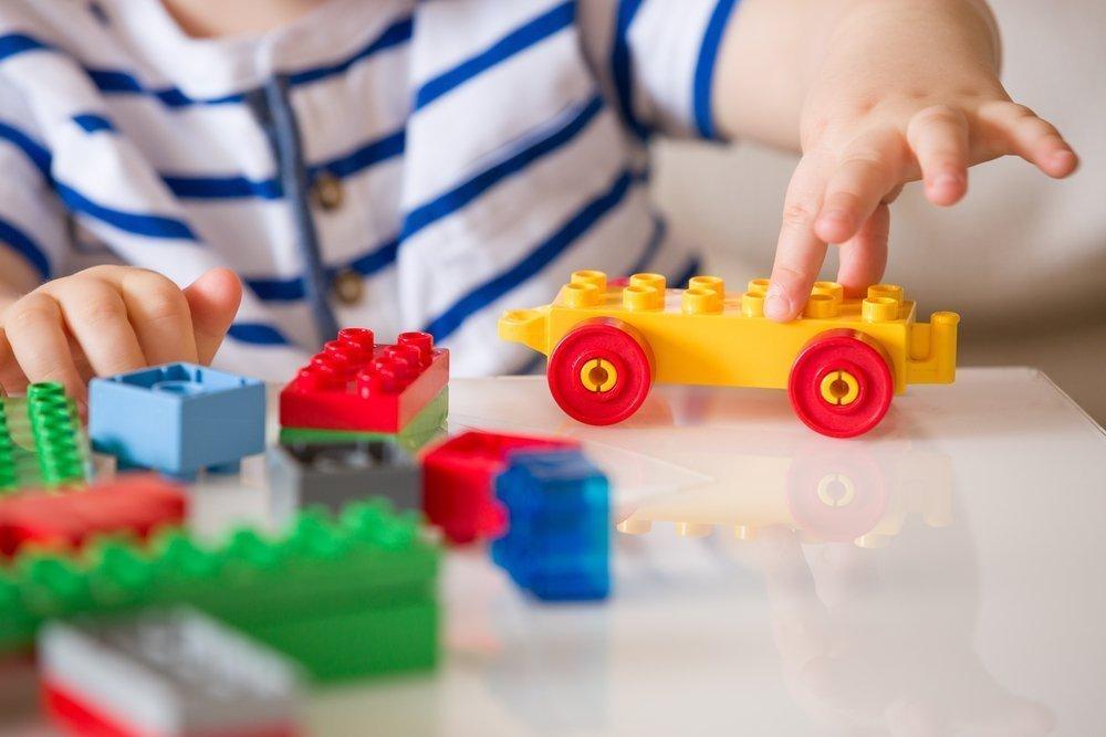 Малышу купили Лего: советы для родителей