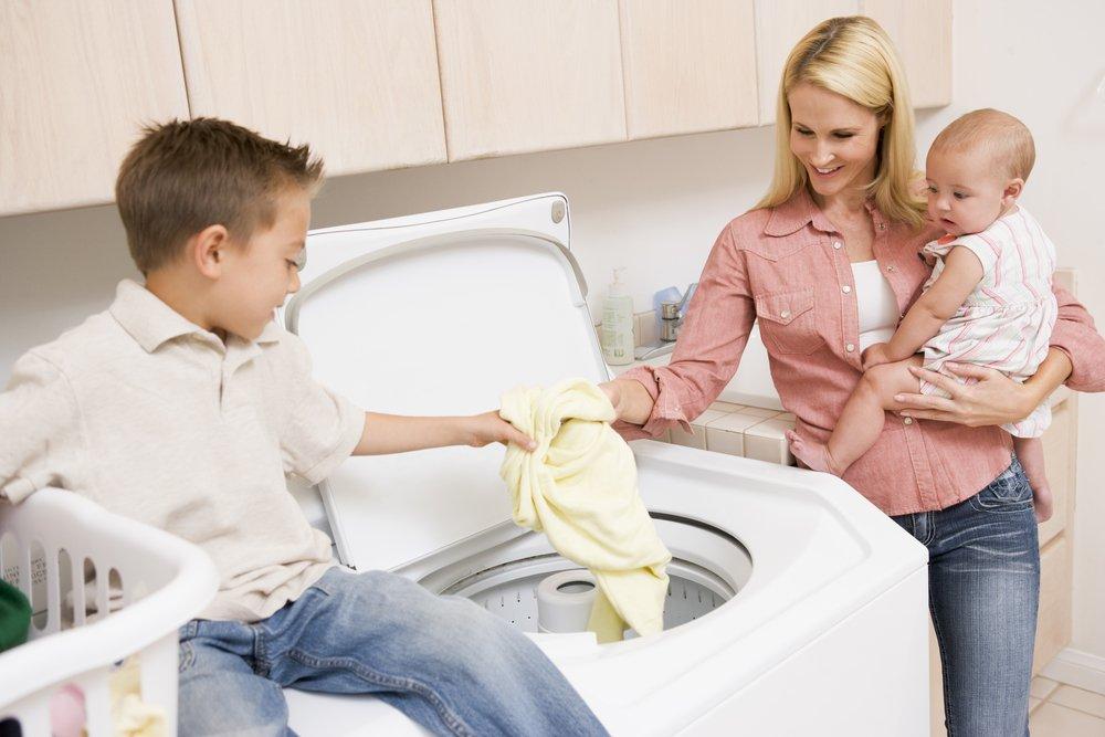Стирка детской одежды: общие правила