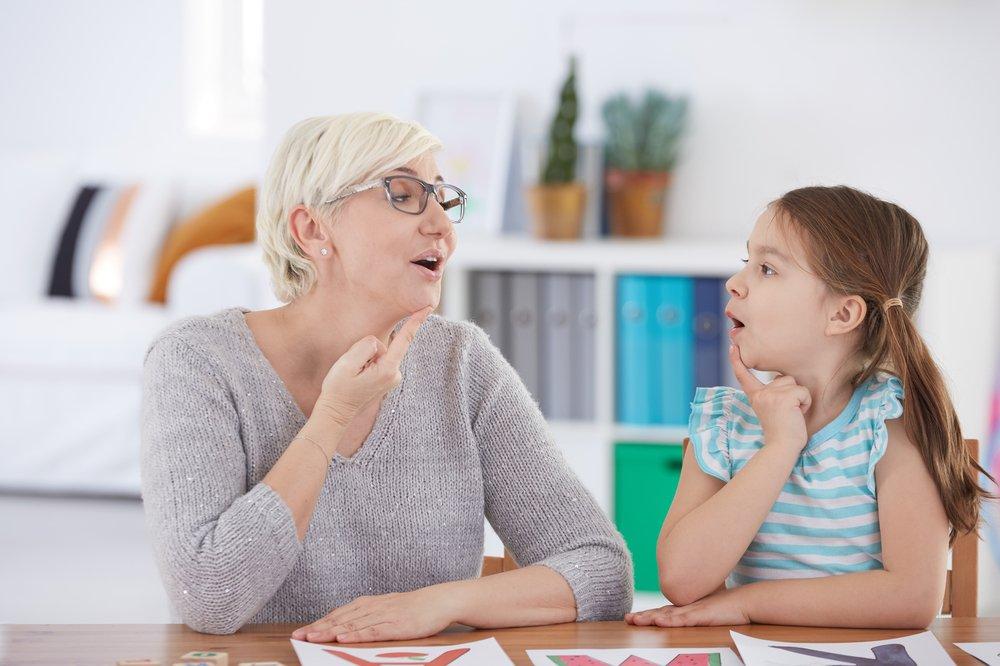Как возникает заикание у детей?