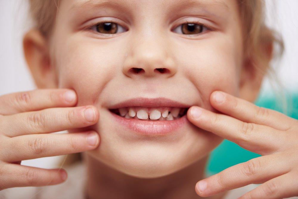 Травмы эмали зубов у детей