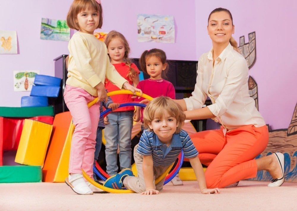 Комплекс упражнений утренней зарядки для детей 4-6 лет