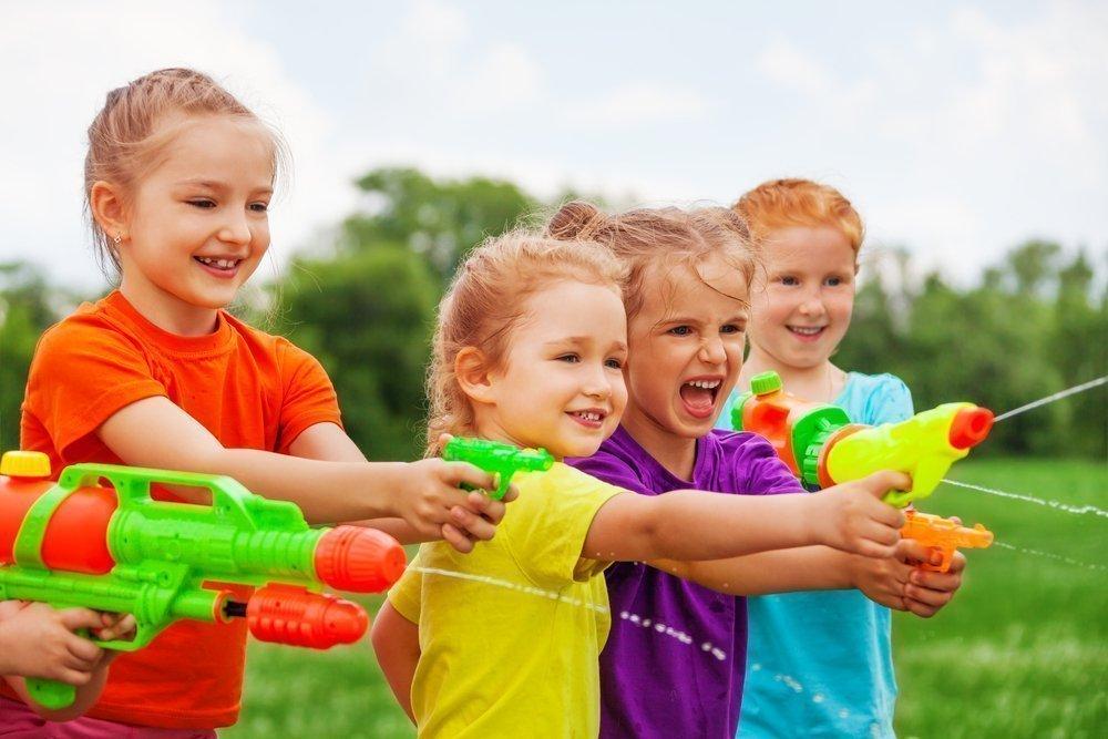 Развлечение для малышей и взрослых: морской бой