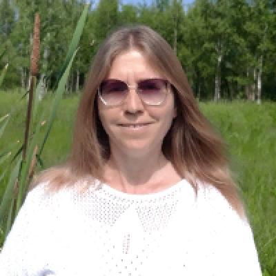 Мария Николаева, инструктор по йоге, автор книг по восточным практикам