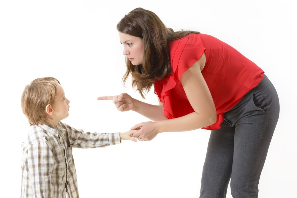 Ребенок переживает стресс