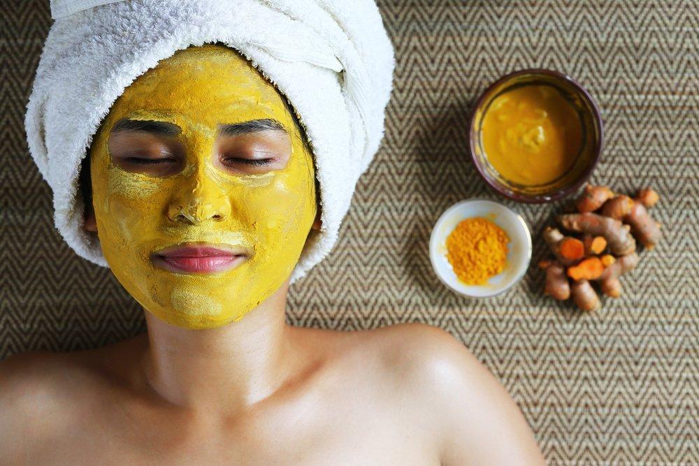 Красота лица: как действуют банные маски?