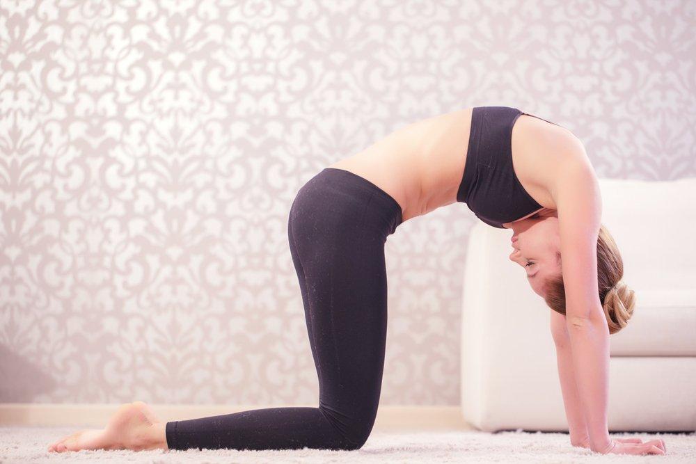 Йога при искривлениях позвоночника