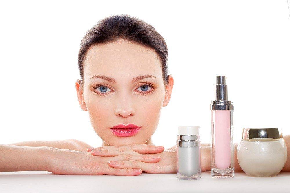 Несколько кремов для красоты кожи