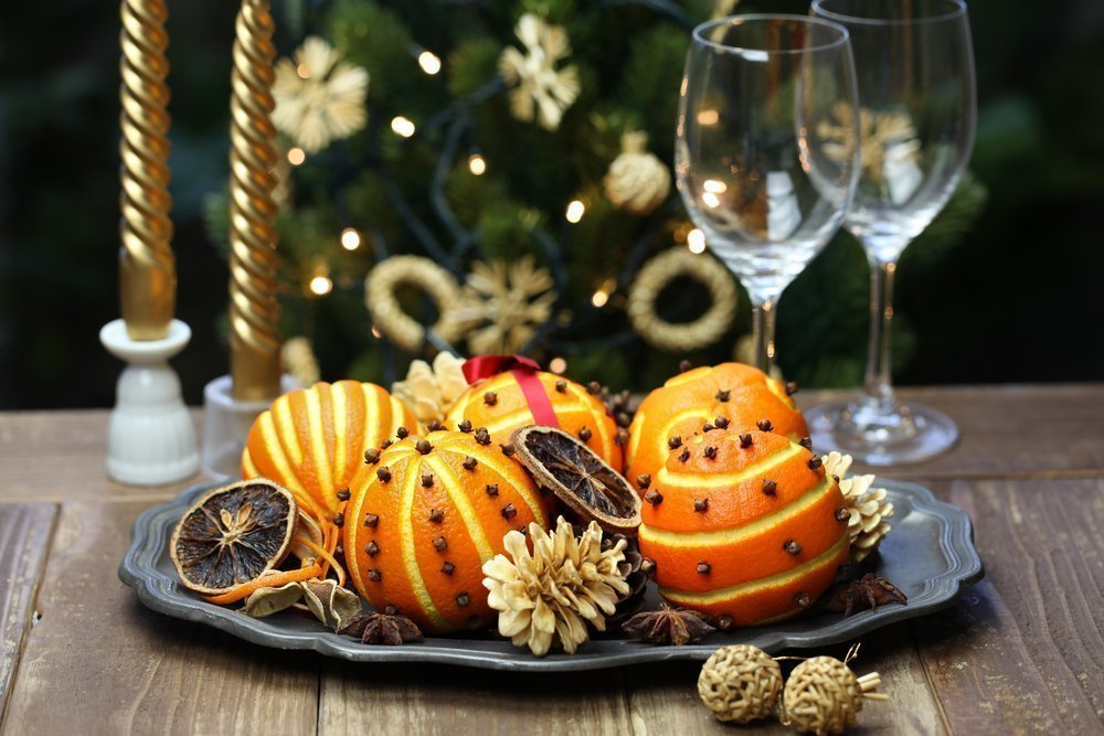 Фрукты и овощи — обязательные элементы праздничного стола