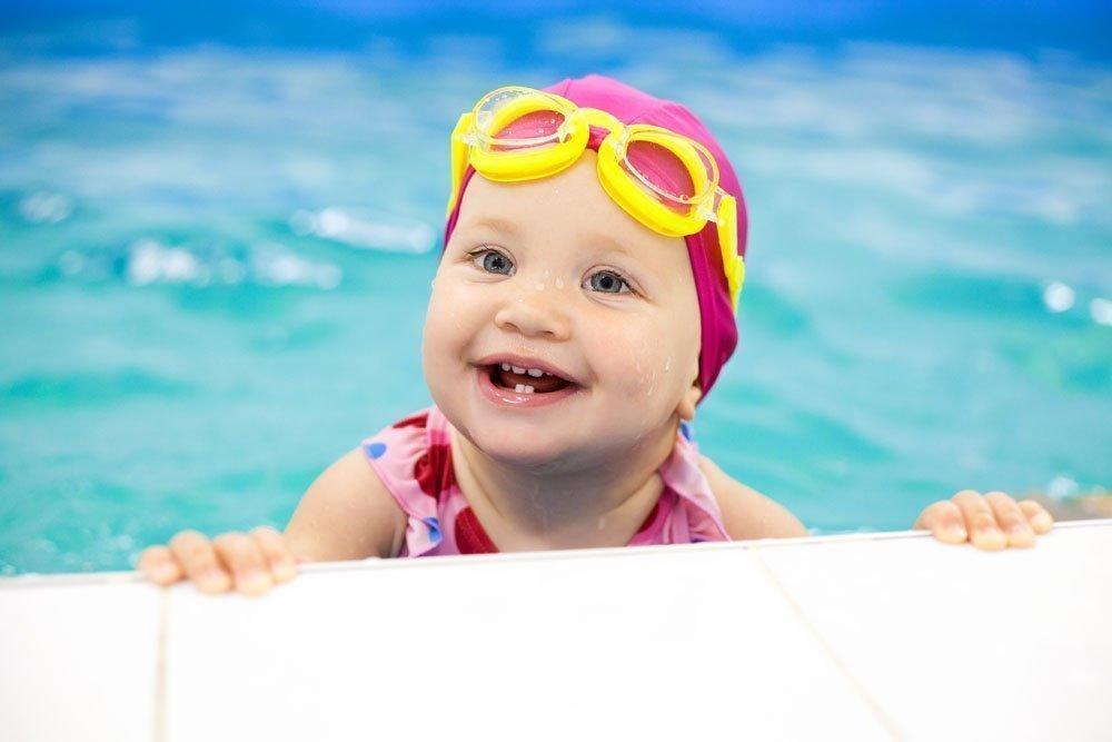 Какие существуют виды дезинфекции воды в бассейне?