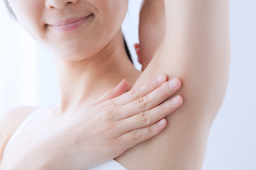 Недостатки природной косметики от пота и запаха