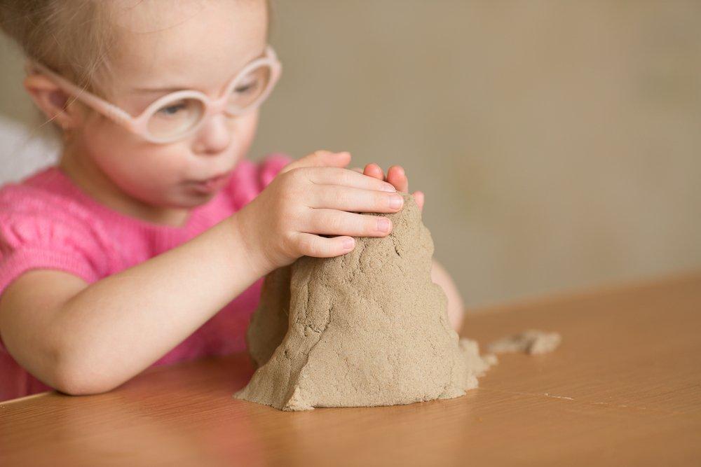 Лепка с кинетическим песком