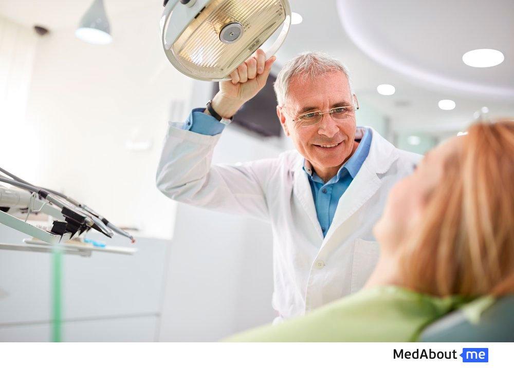 Диагностика пародонтоза в кабинете стоматолога