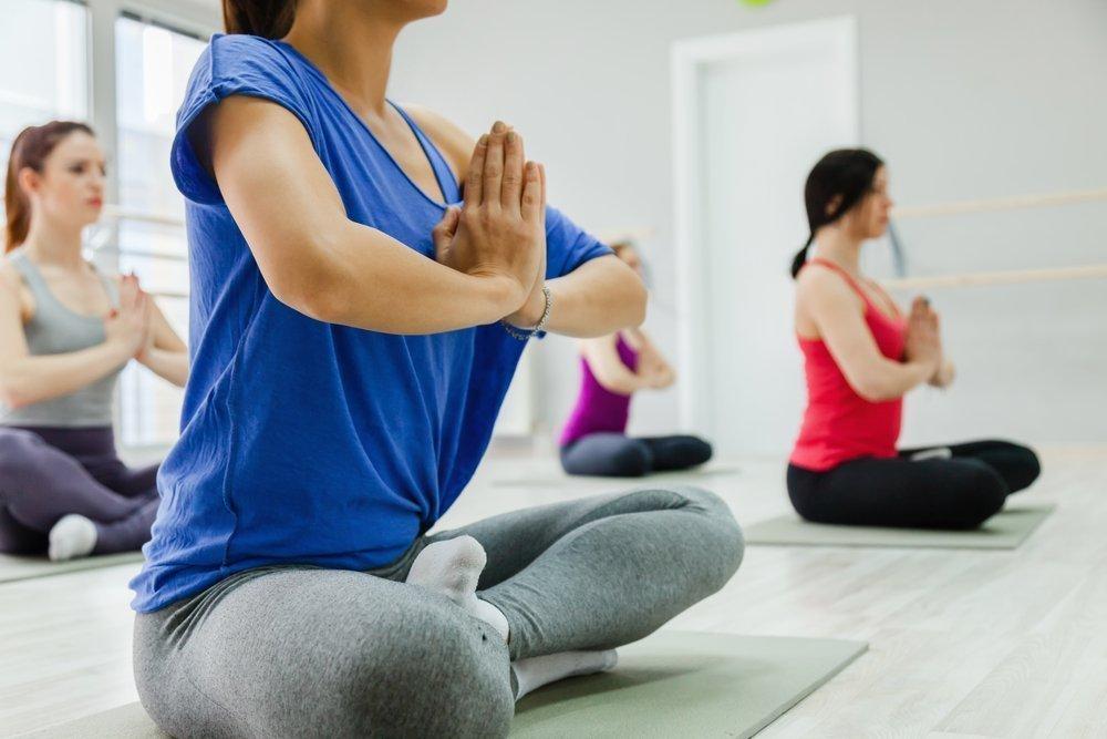 Комплекс упражнений йоги для начинающих
