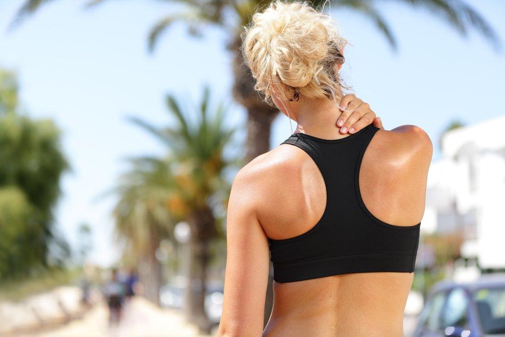 Растяжение мышц шеи и туловища