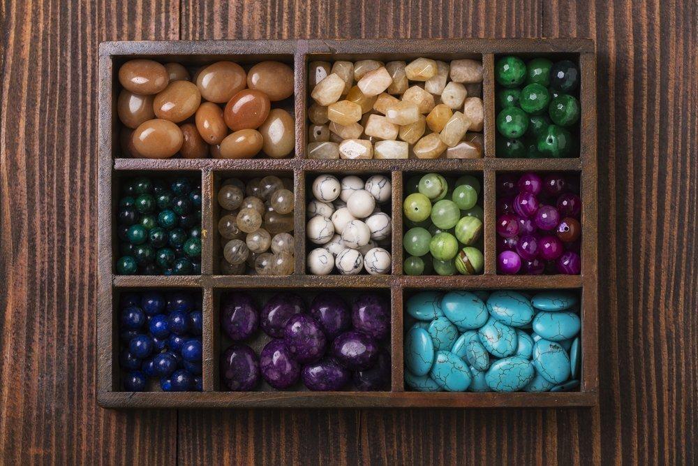 Профилактика и лечение по аюрведе: как камни воздействуют на организм