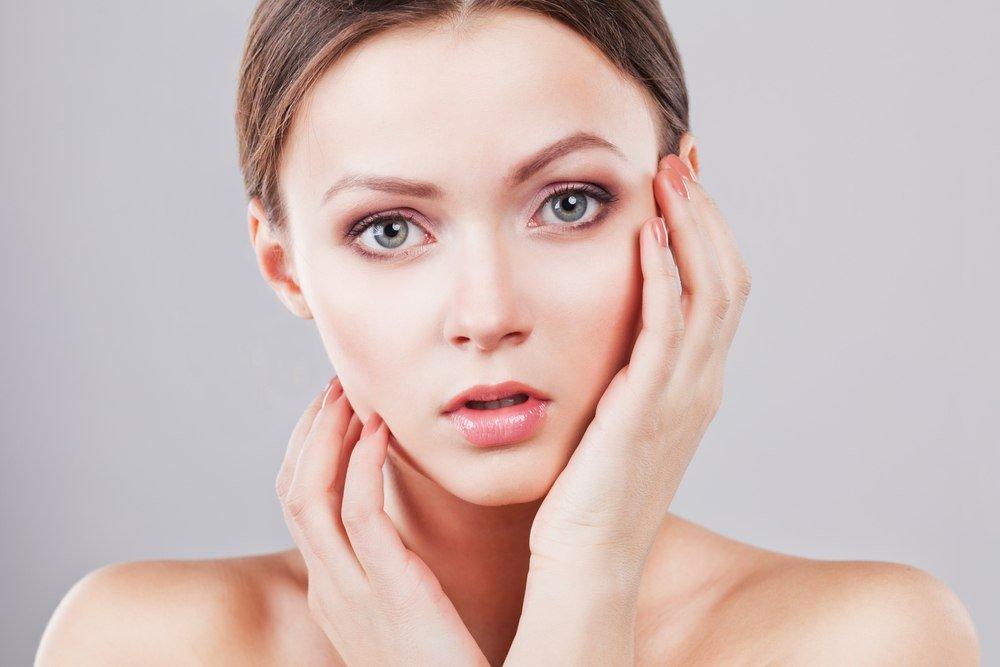 Брови не должны становится главным акцентом в макияже