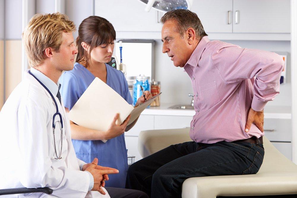 Помощь врача: при какой боли нужно вызывать скорую?
