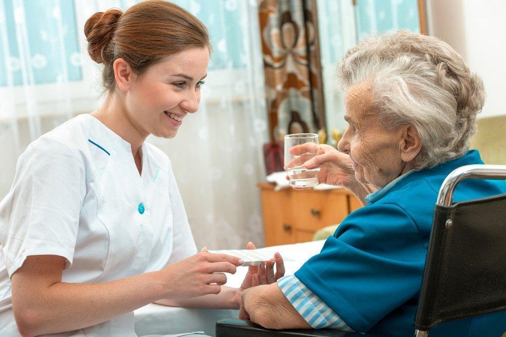 Требования положить в больницу или дать лекарство