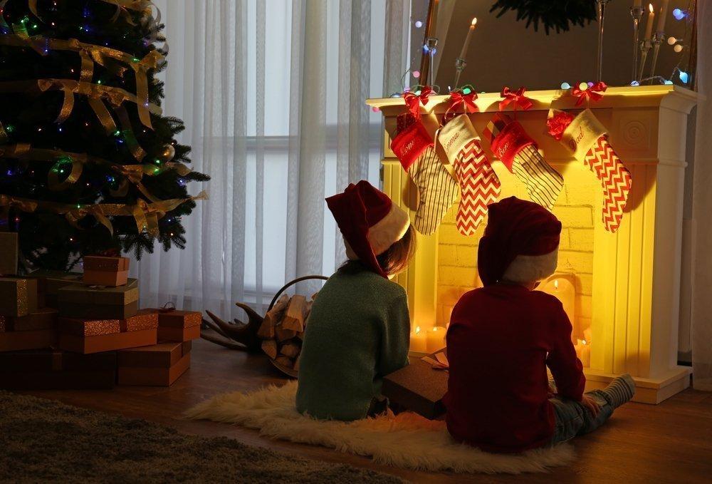 Европейские праздники: что в башмачке, а что внутри бревна?
