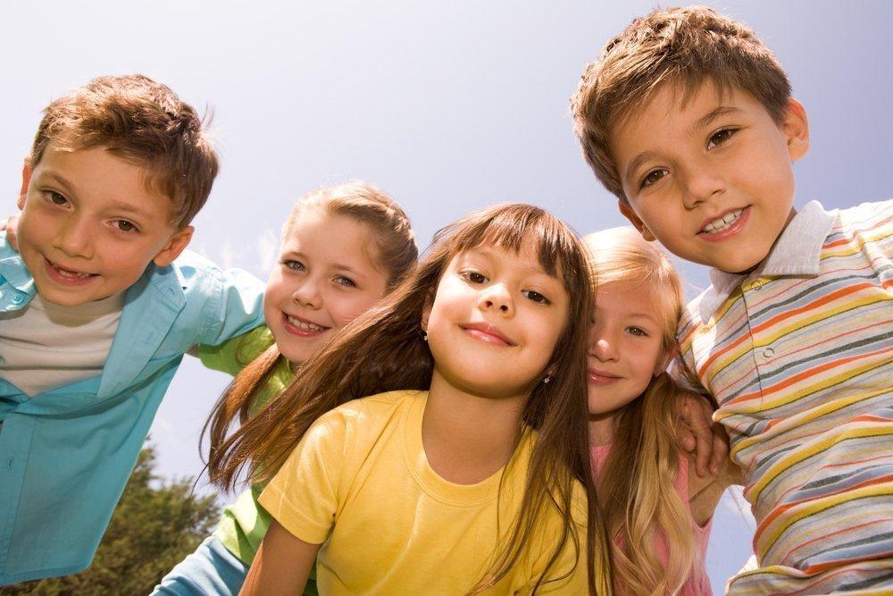 В каком возрасте детей следует приучать к правилам хорошего тона?