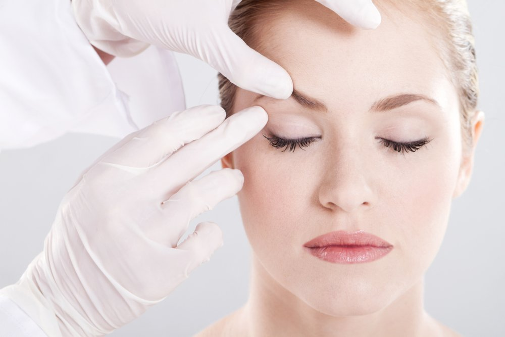 Красота лица женщины: эндоскопическая подтяжка
