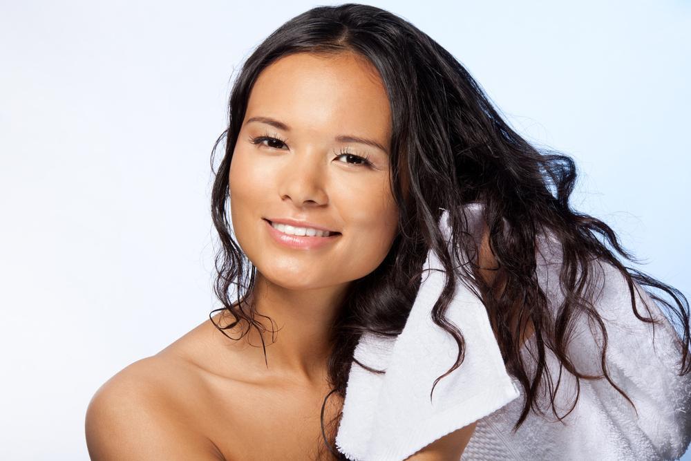 Как правильно производить уход за волосами для сохранения их красоты?