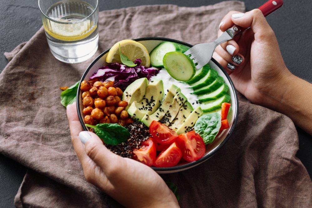 Правильное пищеварение: хорошие эмоции и здоровая кожа