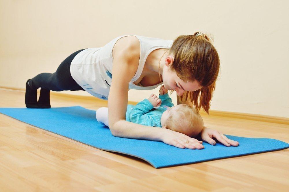 Упражнения после родов – с чего начать?