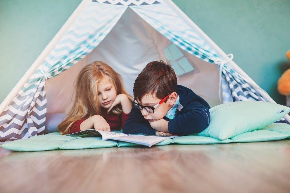 Сооружаем укрытия вместе с ребенком