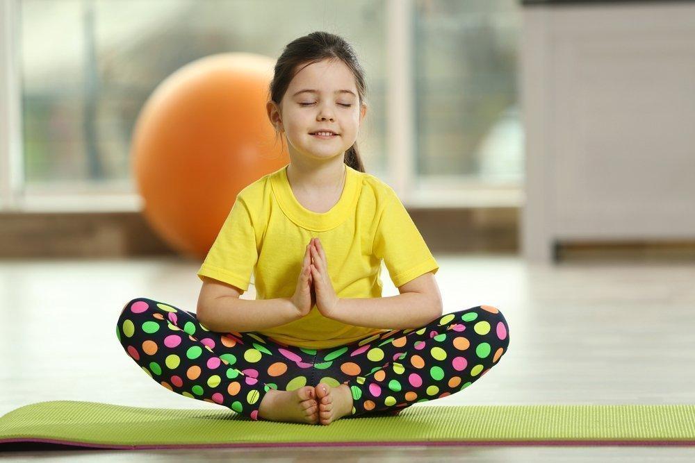 Как проходят уроки йоги для детей