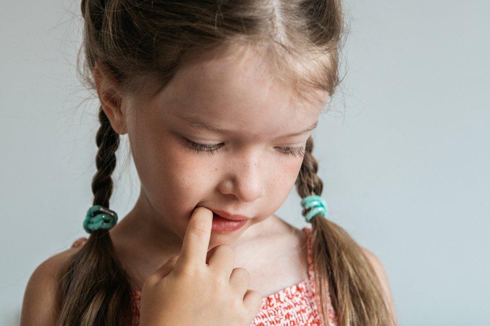 Непроизвольный мазохизм: как страдают кожа и губы