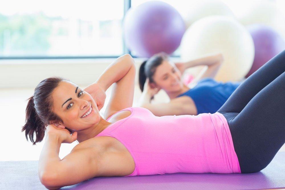Фитнес-упражнения из базового тренировочного комплекса