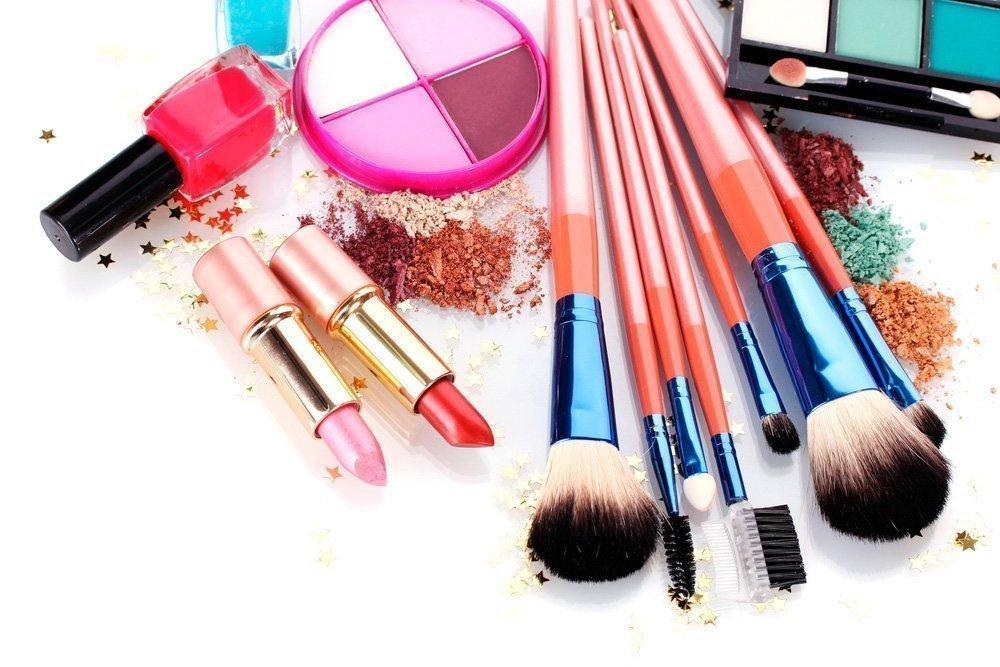 Во вред для здоровья: косметика вызывает привыкание