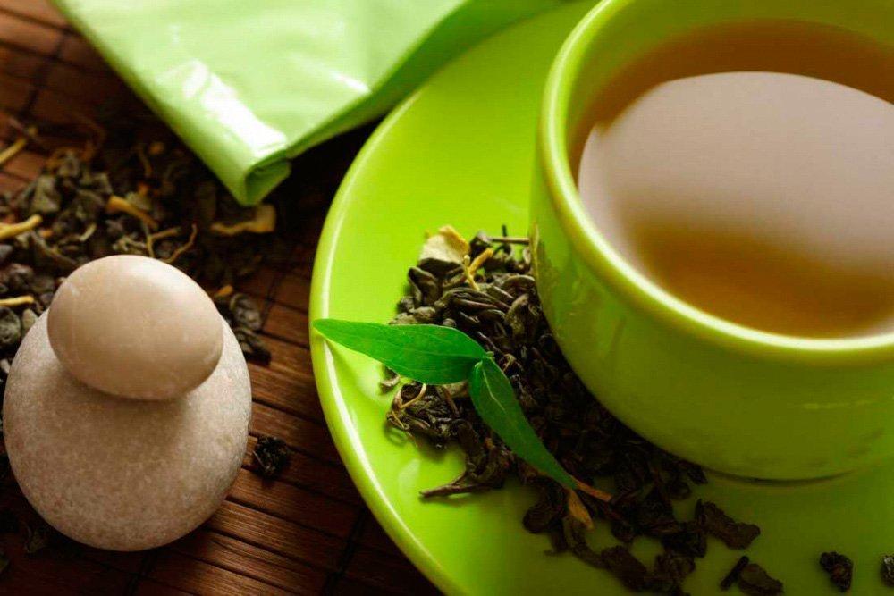 Напиток из корня женьшеня и зеленого чая