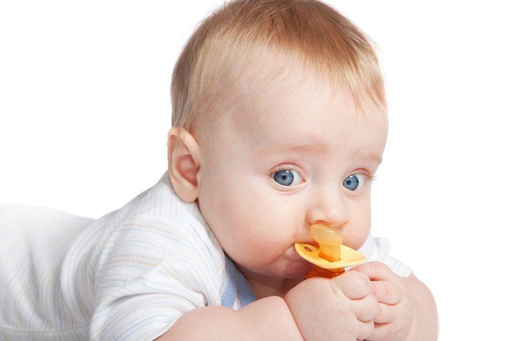 Правила выбора соски для малыша
