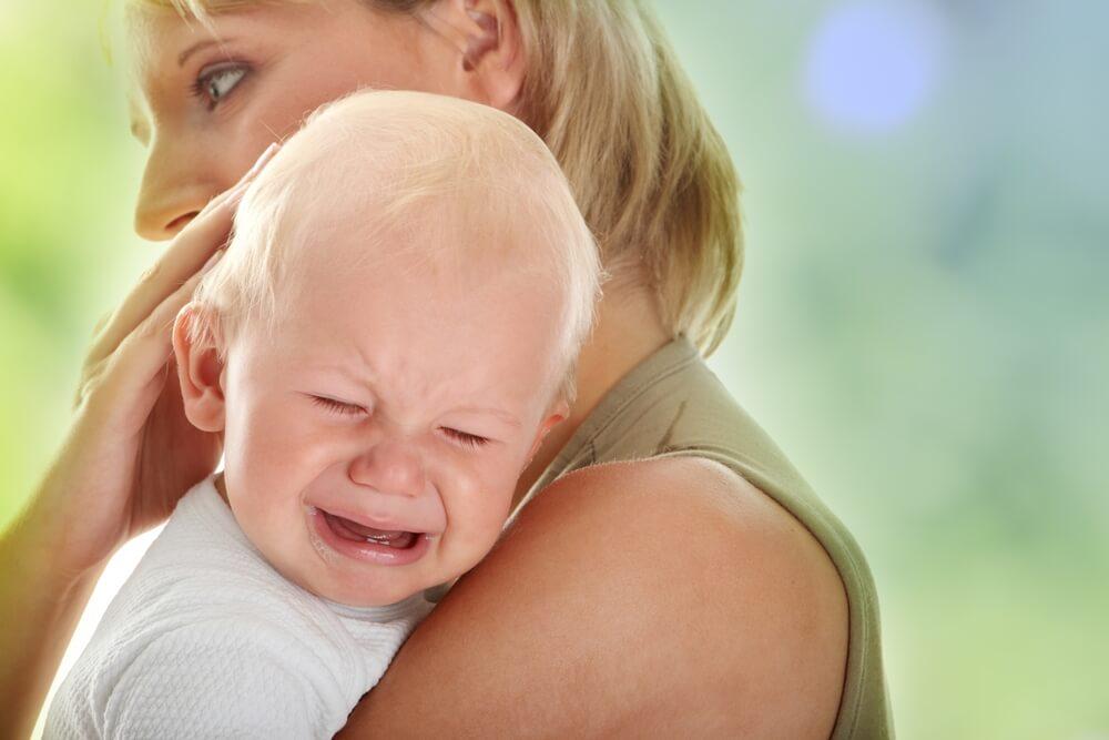 Отлучение ребенка от рук: родители во власти обстоятельств