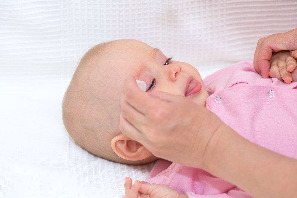 Правильный уход за глазами ребенка