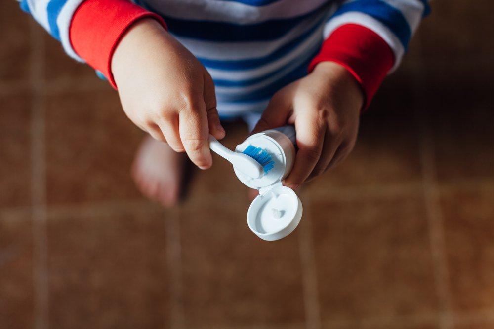 Гигиенический уход: нужна ли зубная паста для детей?